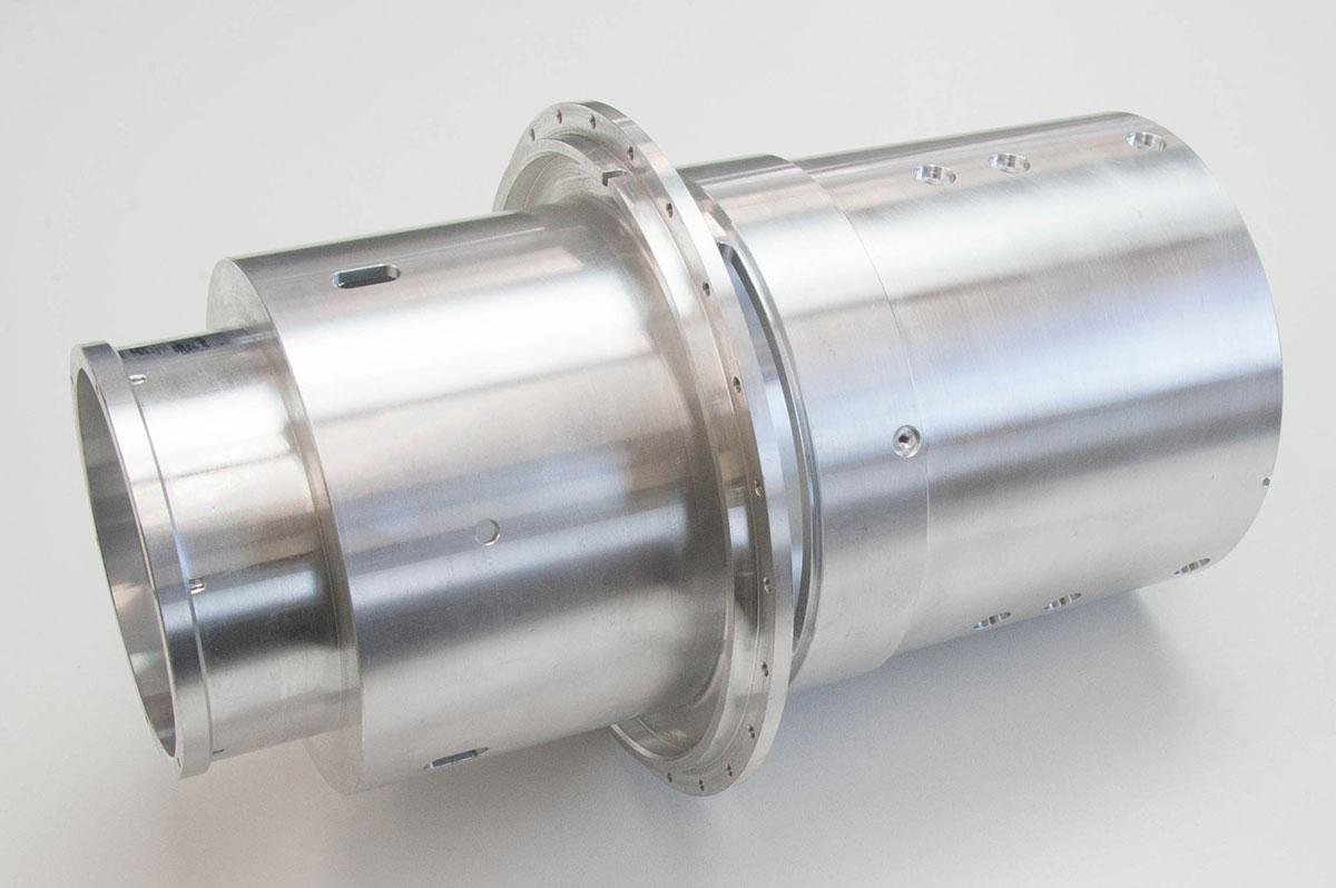 光学部品 レンズホルダー (径公差0.05のアルミ大物加工)